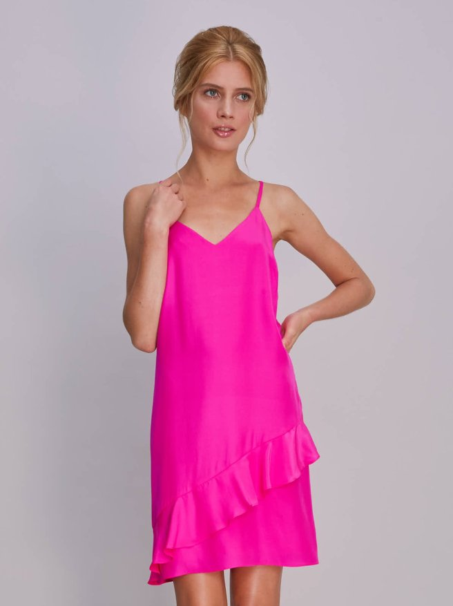 FifiDress_Solid_HotPink_163456_0117
